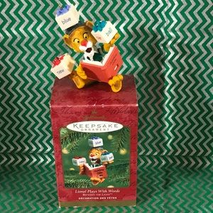 Hallmark Keepsake ornament- Between The Lions